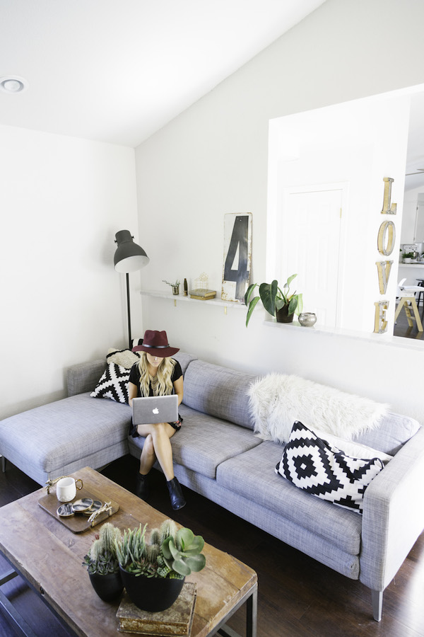 Home-Tour-Amber-Thrane-of-Dulcet-Creative-on-Glitter-Guide-1-
