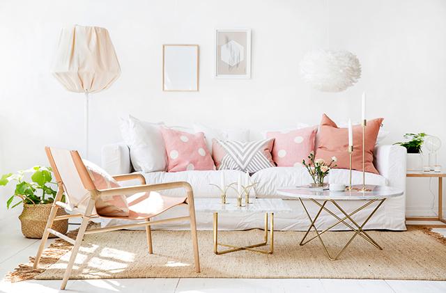 Salón en rosa y blanco 01