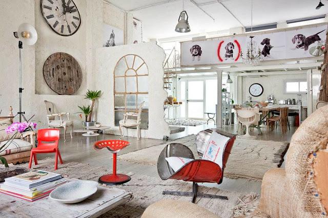 Un espacio puro con toques transgresores mi casa no es for Espacio casa online