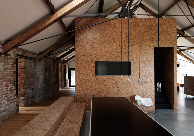 yellowtrace_Ochre-Barn-by-Carl-Turner-Architects_Norfolk-England_01