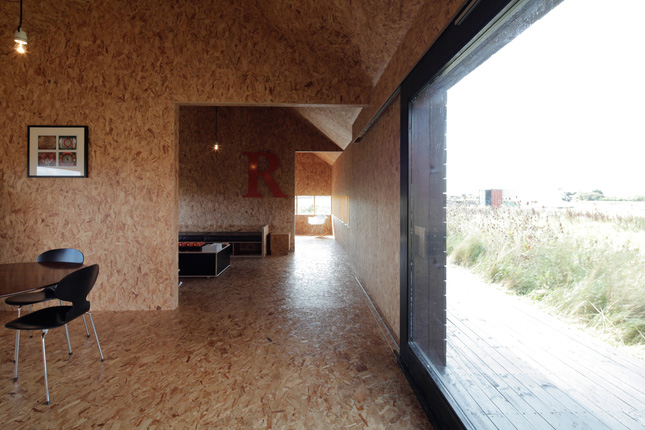yellowtrace_Ochre-Barn-by-Carl-Turner-Architects_Norfolk-England_13