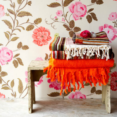 Floral-bedroom-wallpaper_housetohome