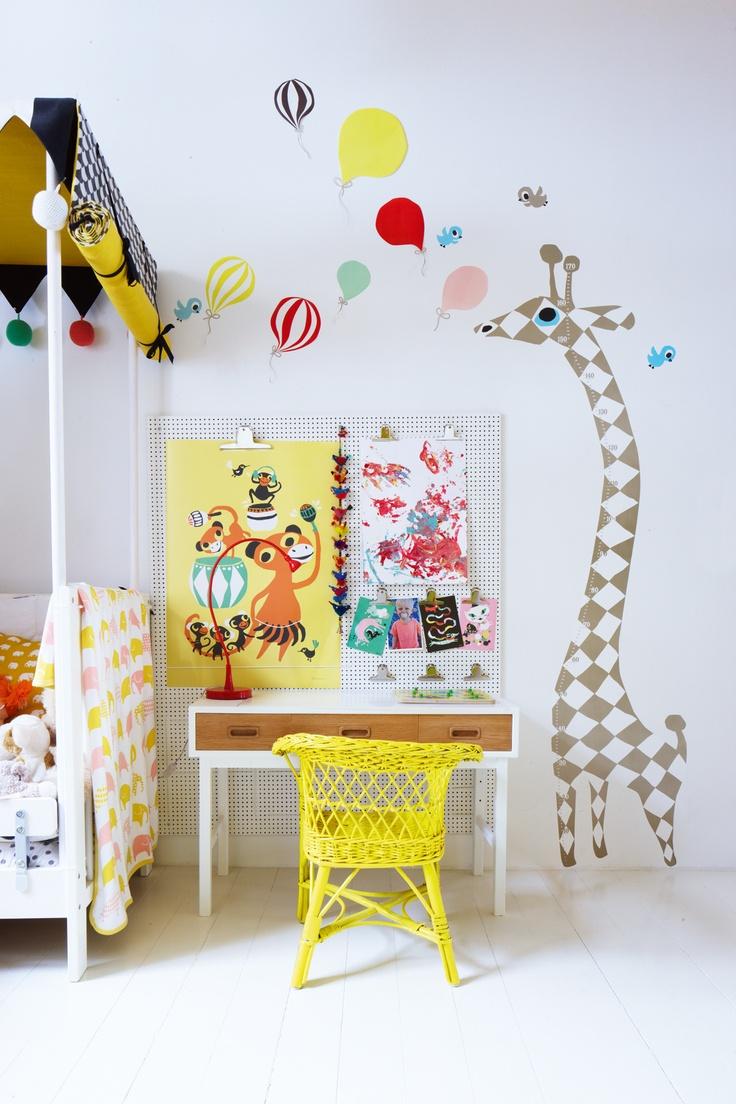 Imagen-escritorio infantil 02