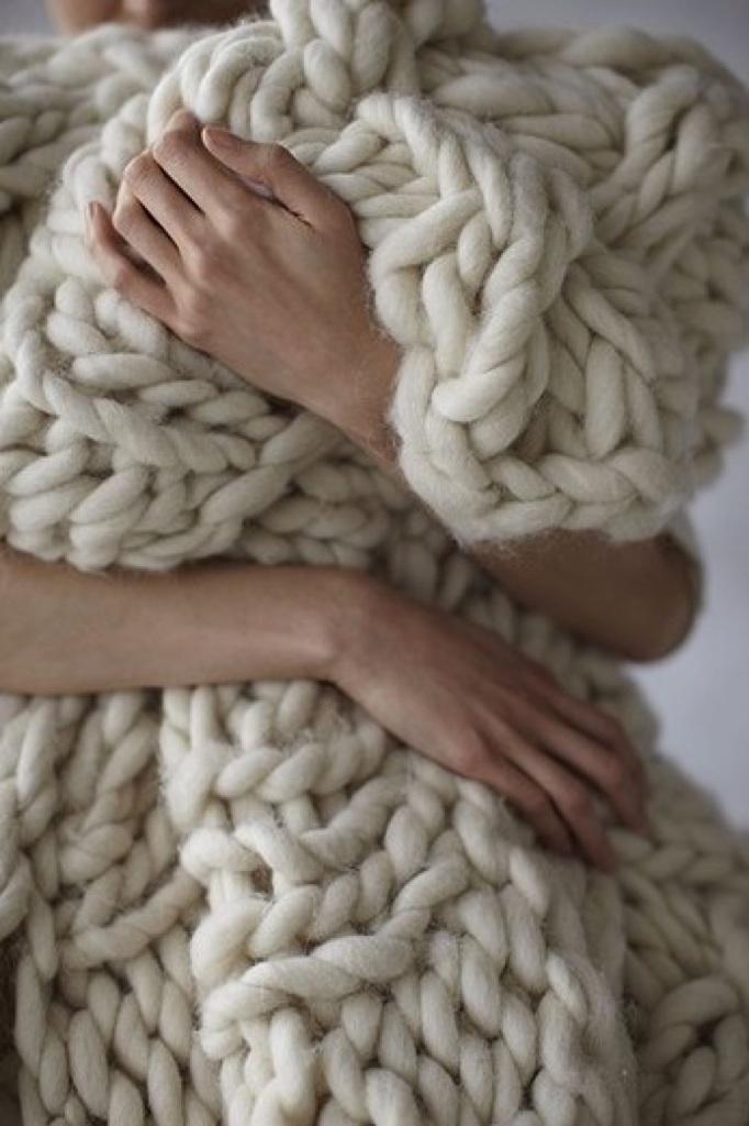 abrazo a una manta