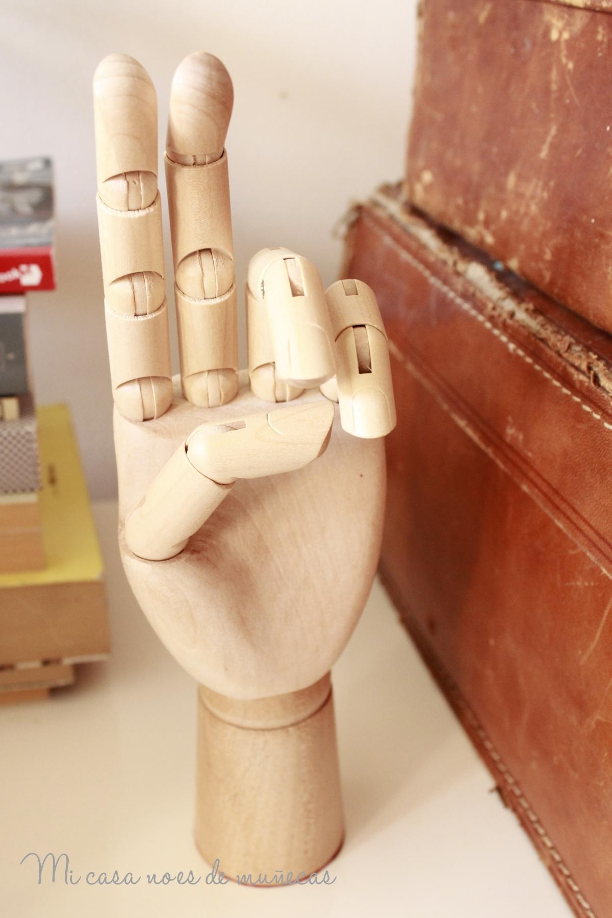 Imagen-wood hand-04