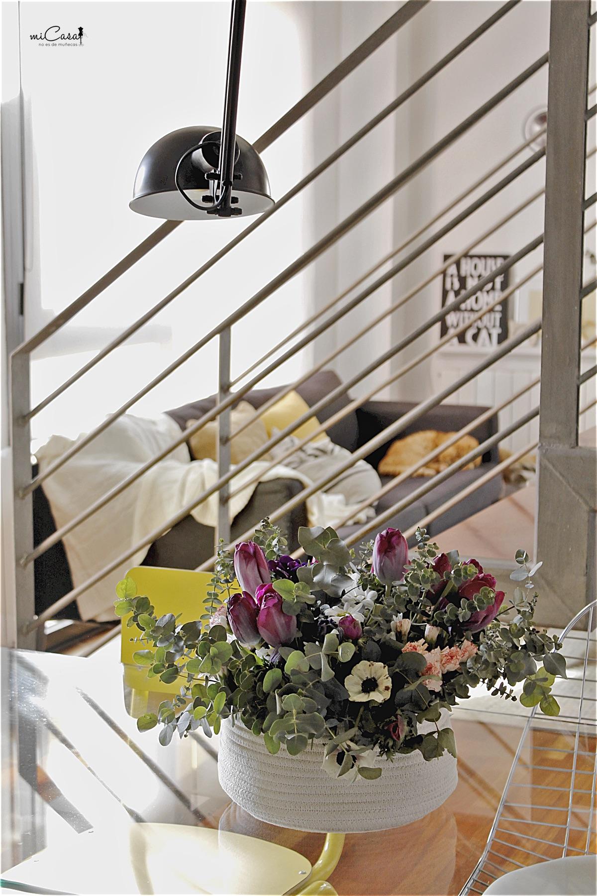 Centro mesa flores en casa 04