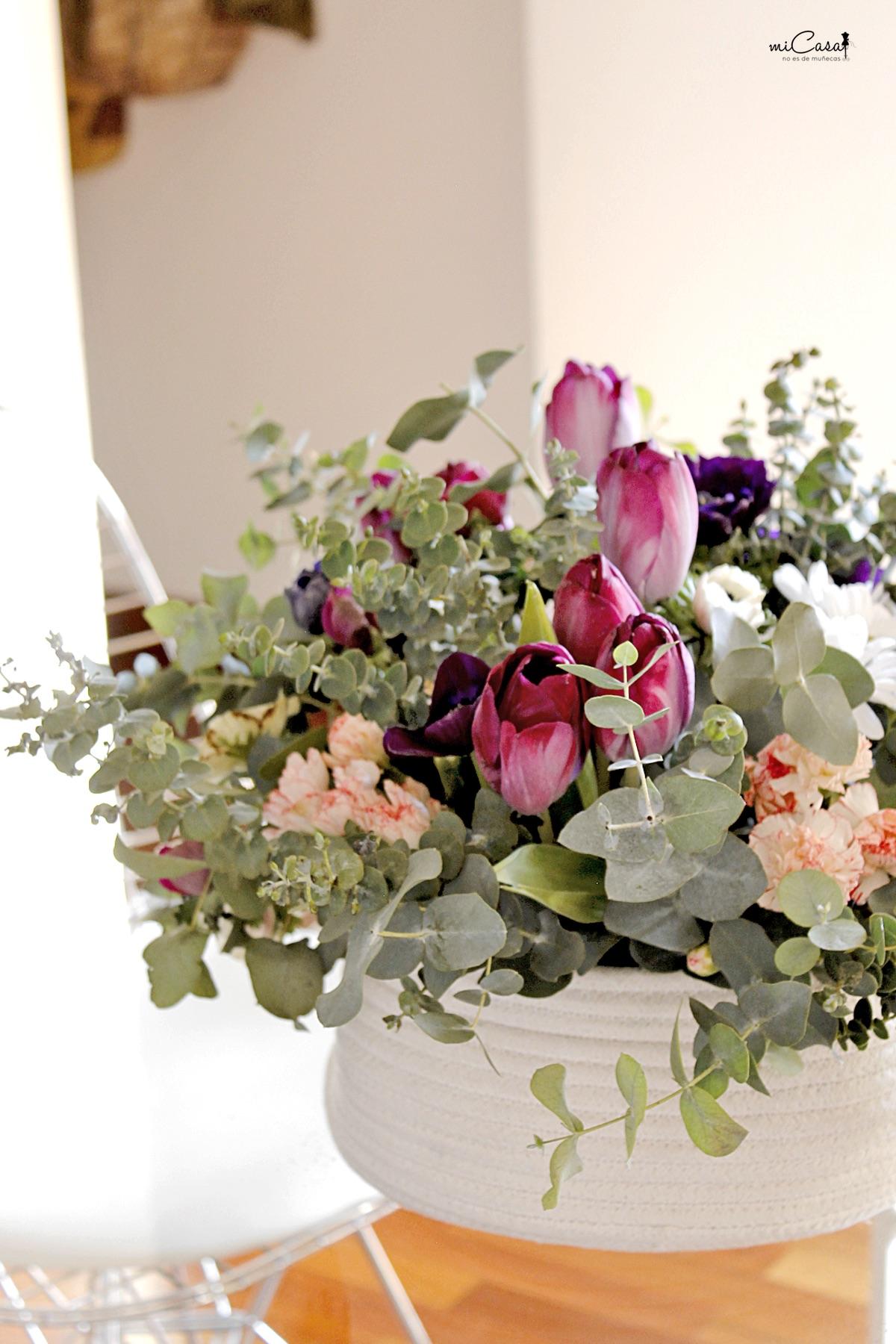 Centro mesa flores en casa 10