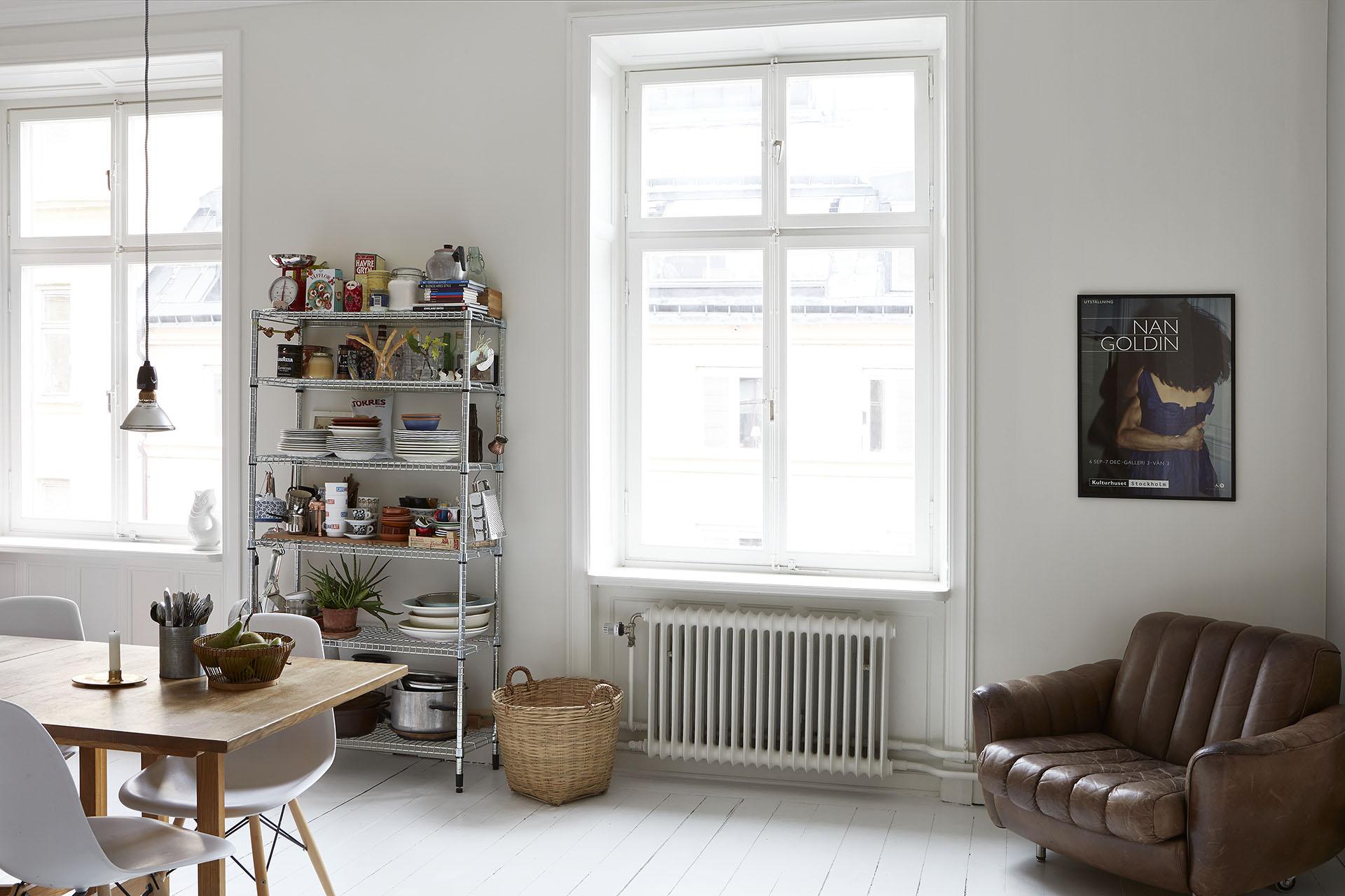 Apartamento nordico-industrial en Estocolmo 03